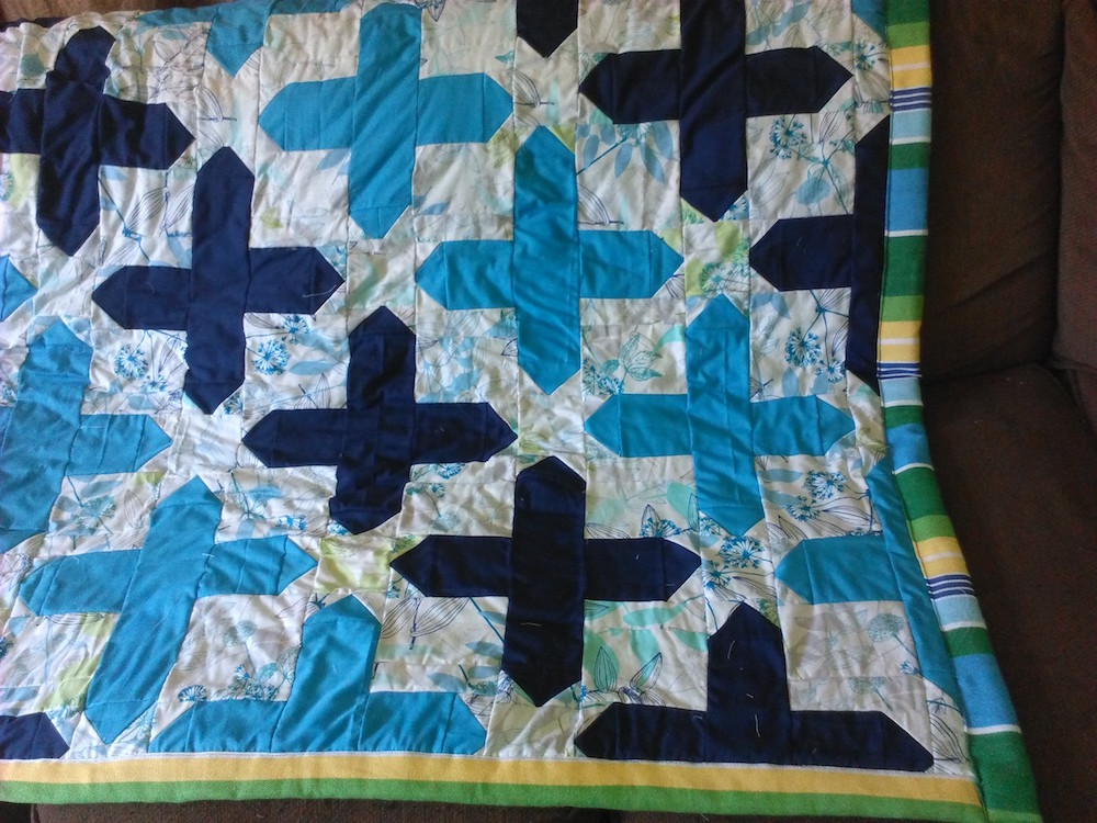 ambers-blue-cross-quilt
