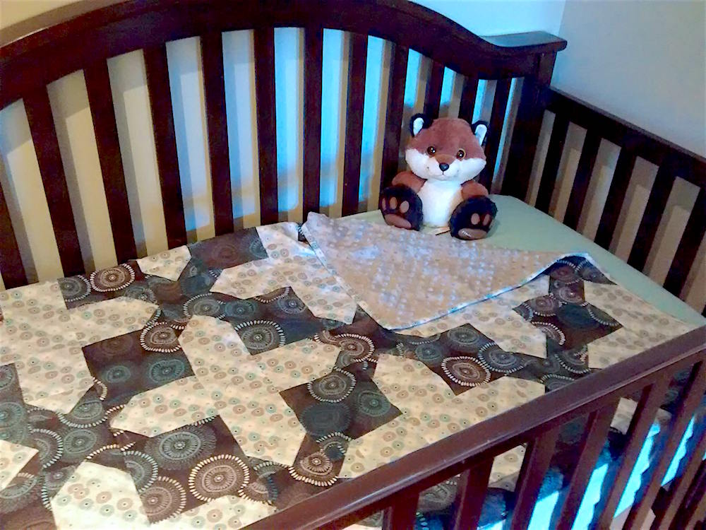 sonya-blue-gender-neutral-modern-baby-quilt